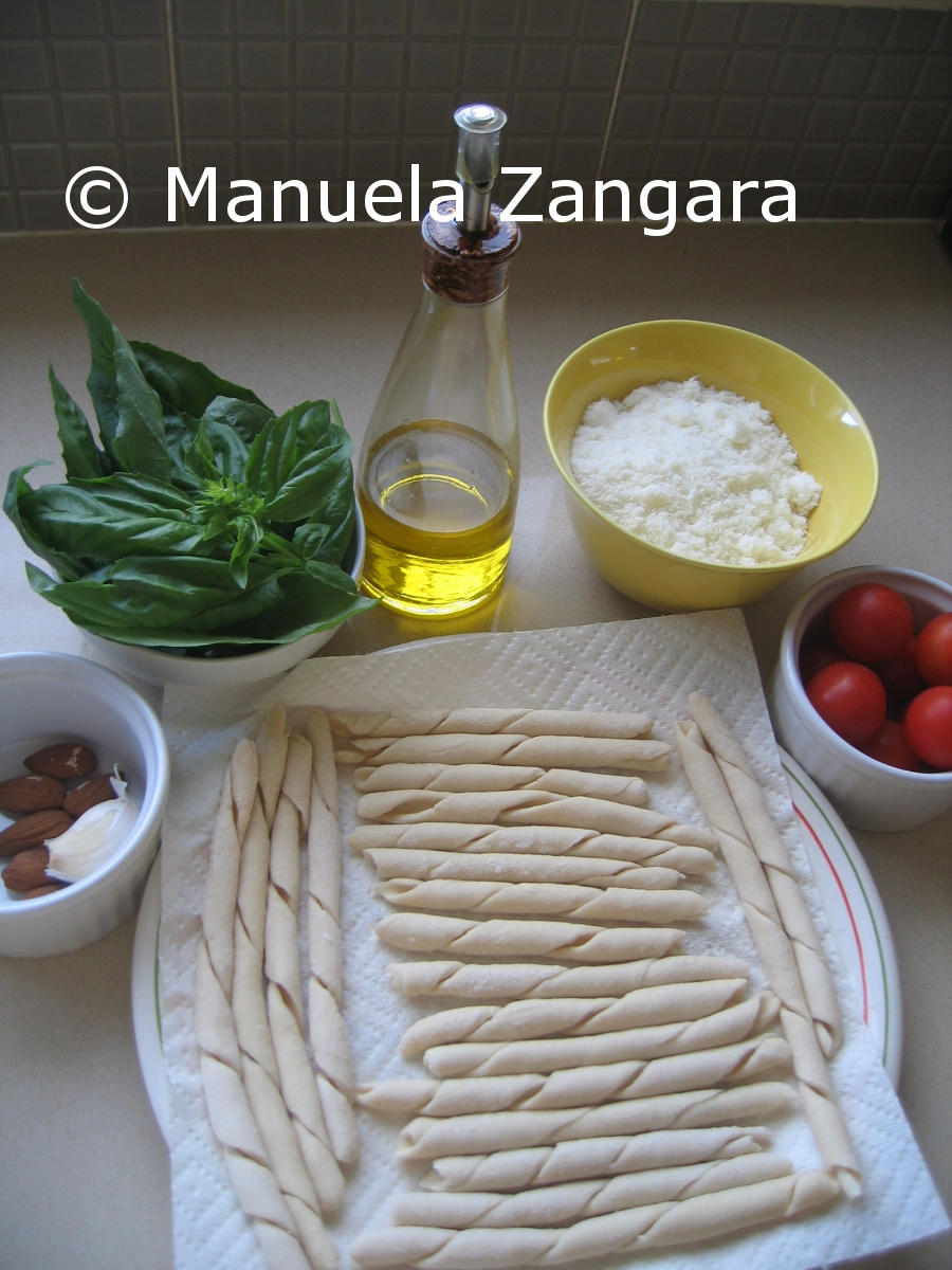 Ingredients for Busiati with pesto trapanese