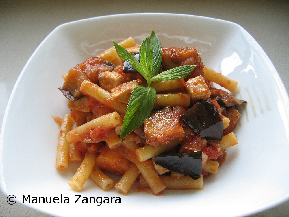 Sedanini with swordfish and eggplant