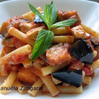 Sedanini with swordfish and eggplant