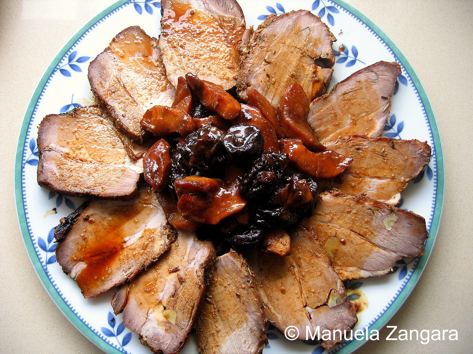 Pork Fillet With Apple And Prunes
