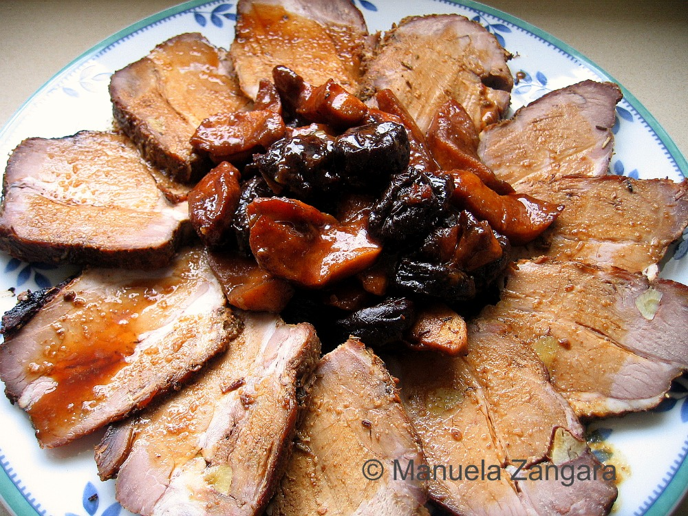 beautiful pork roast! I love it with the apples and prunes, pork ...