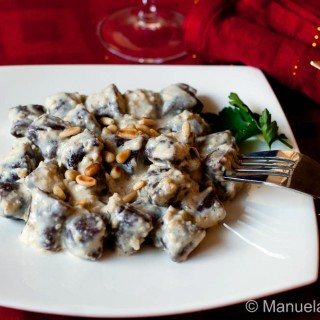 COCOA GNOCCHI WITH MASCARPONE AND WALNUT SAUCE