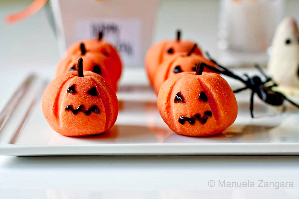 Halloween Treats - Marzipan Pumpkins