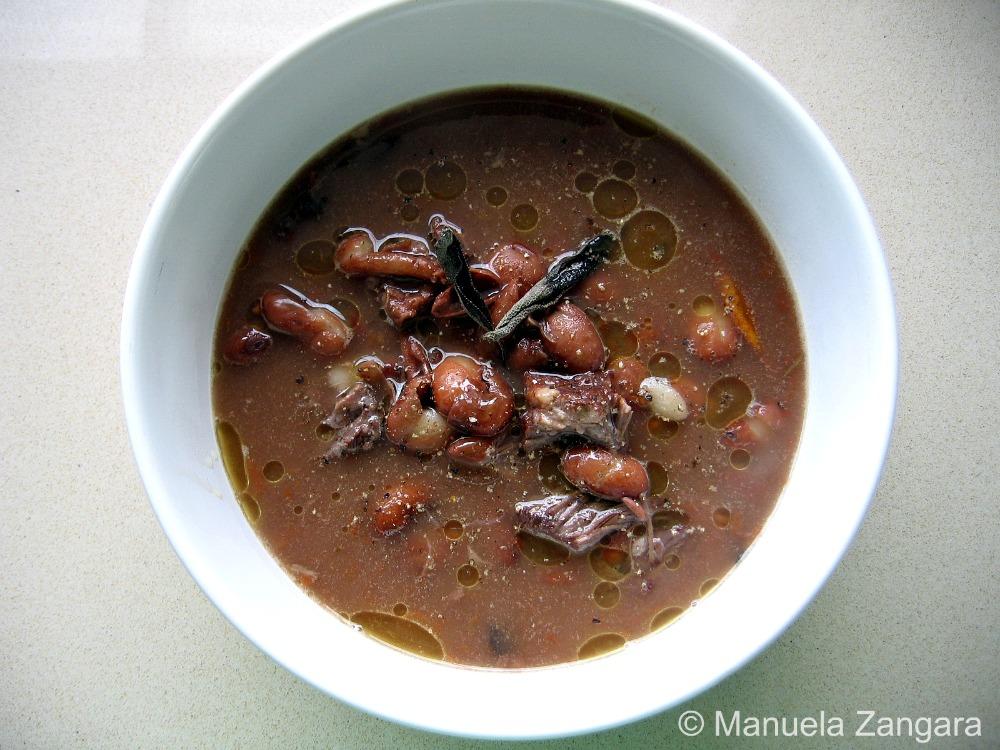 Pasta con fagioli borlotti - Pasta in a borlotti bean soup