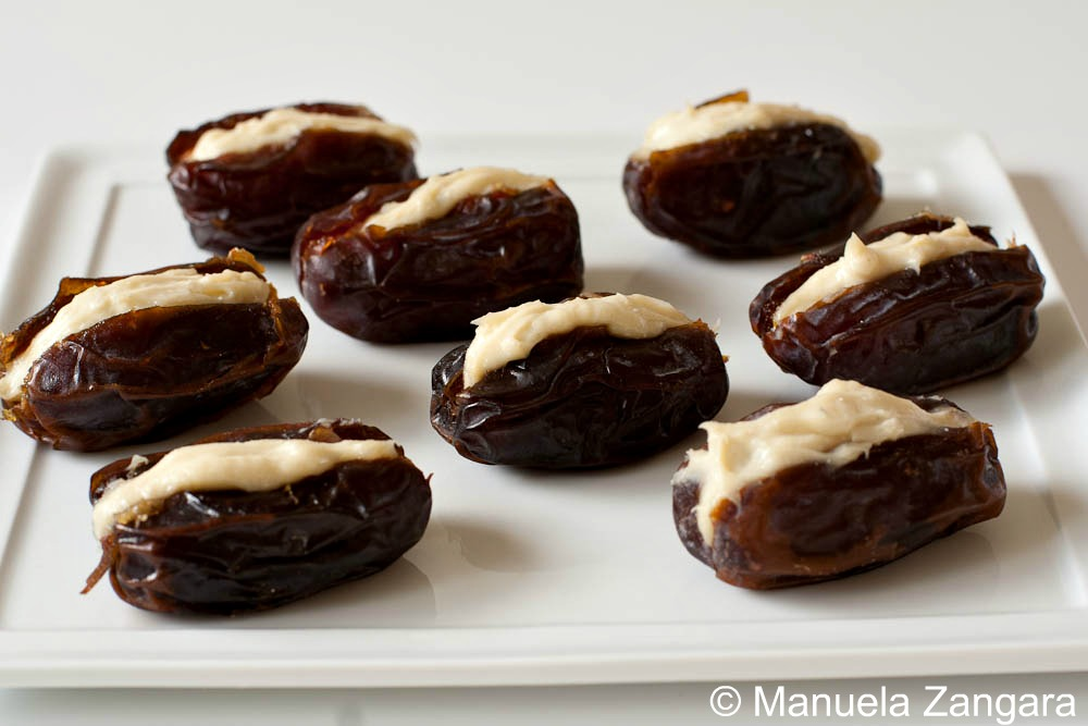 GORGONZOLA AND MASCARPONE FILLED DATES
