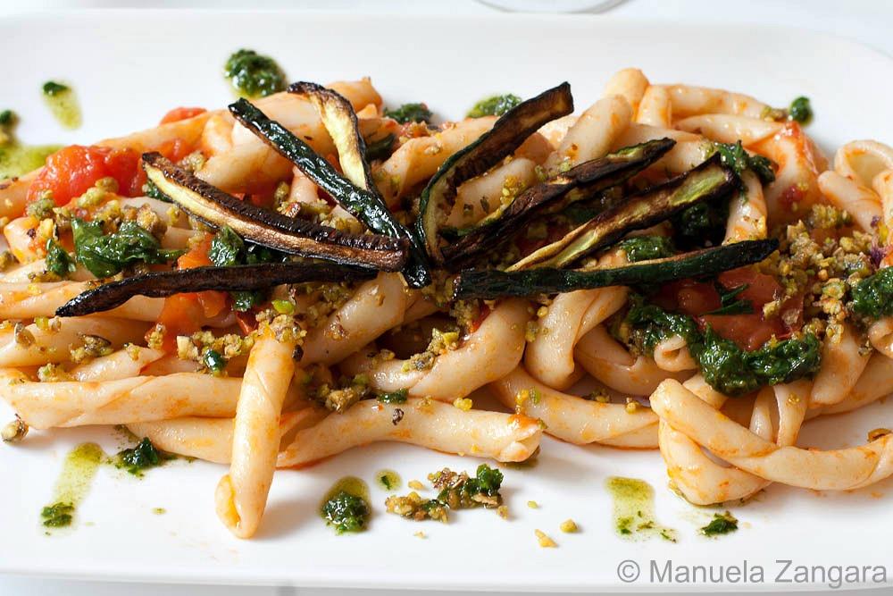 Busiati with Herbs, Pistachio pesto and crunchy Zucchini