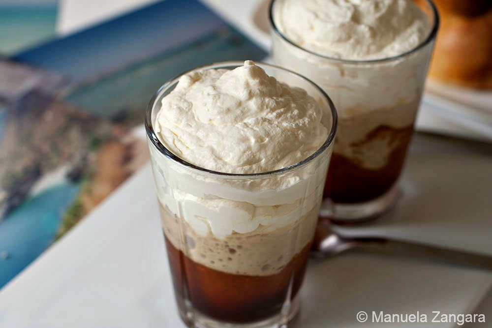 Granita al caffe' con panna