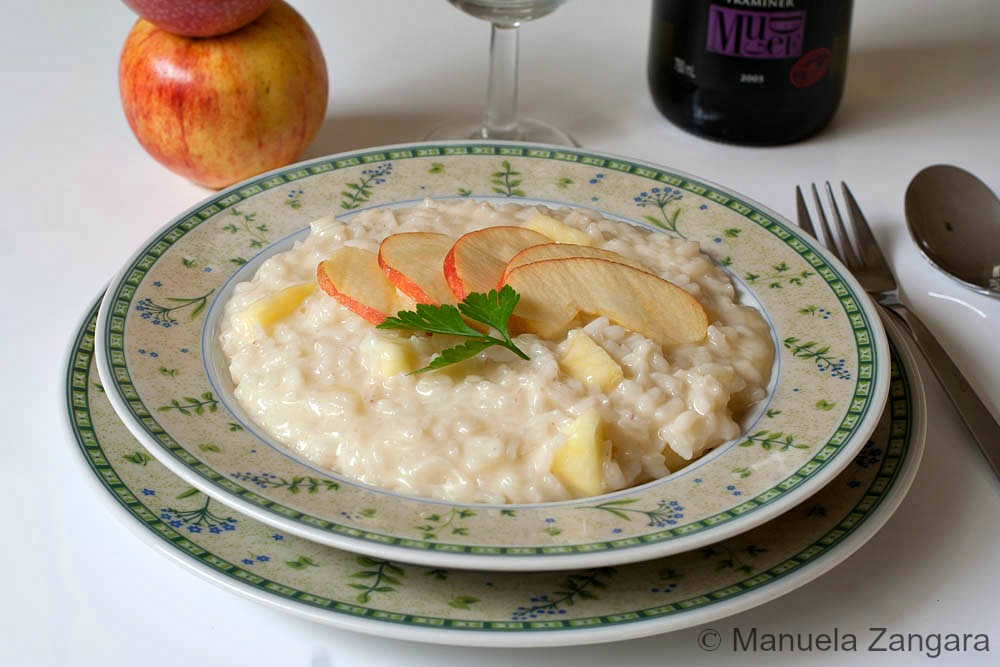 TALEGGIO AND APPLE RISOTTO