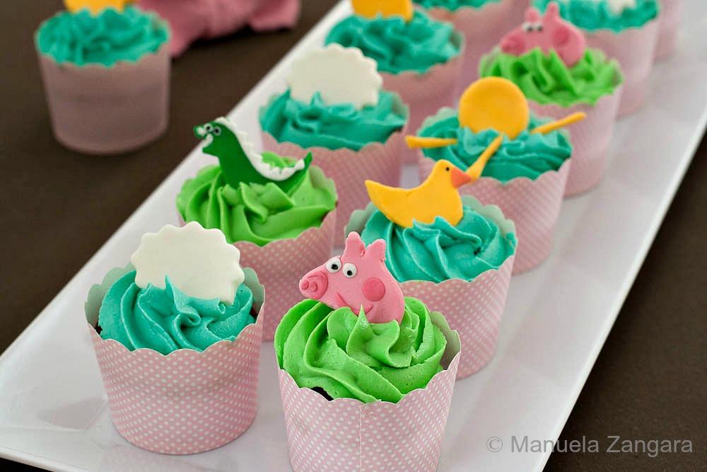 Peppa Pig Chocolate & Vanilla Cupcakes