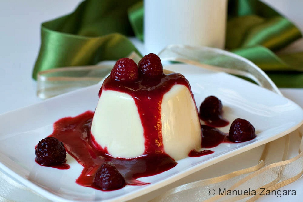 2 White Chocolate Panna Cotta Shooters with Raspberry Coulis 7 (1 of 1)
