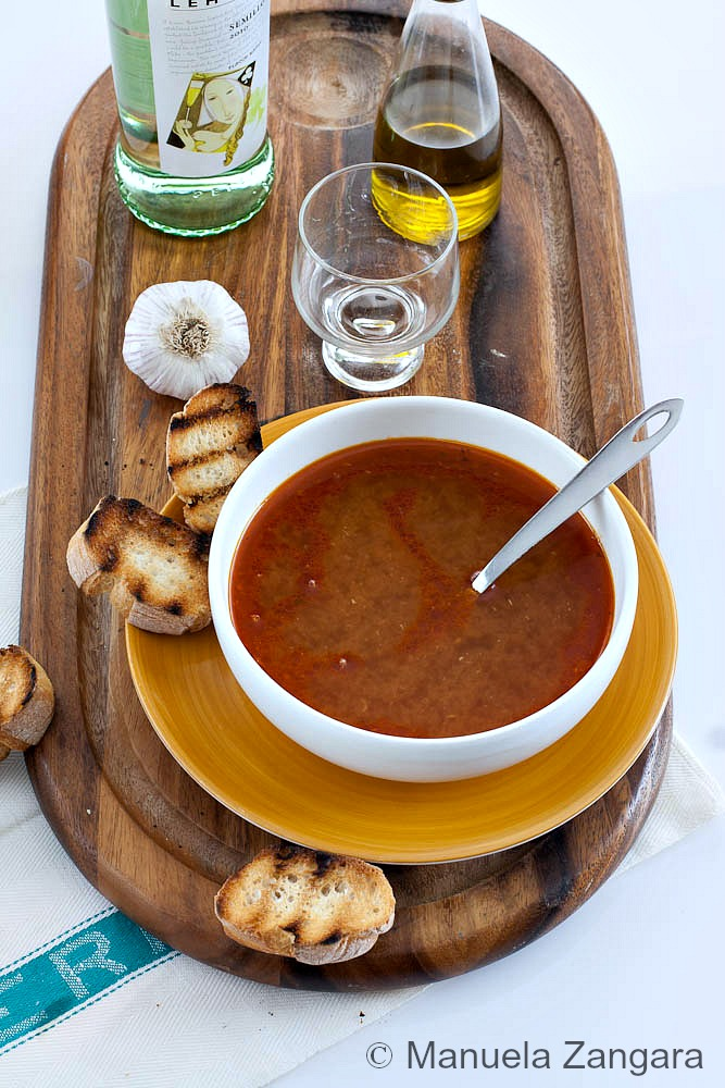 Fish broth with garlic crostini