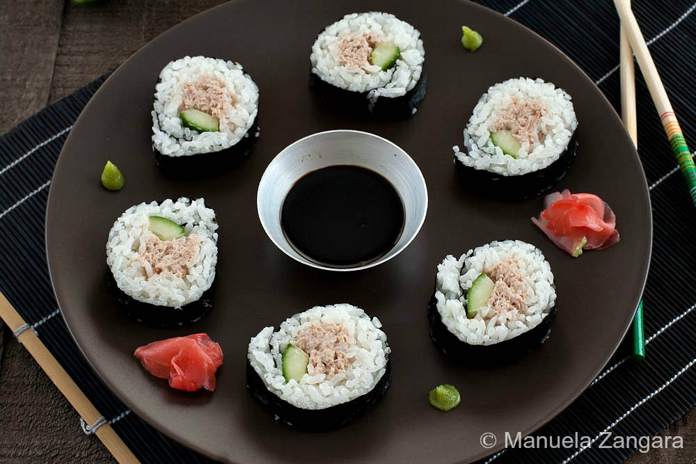Spicy Tuna Salad Sushi Rolls