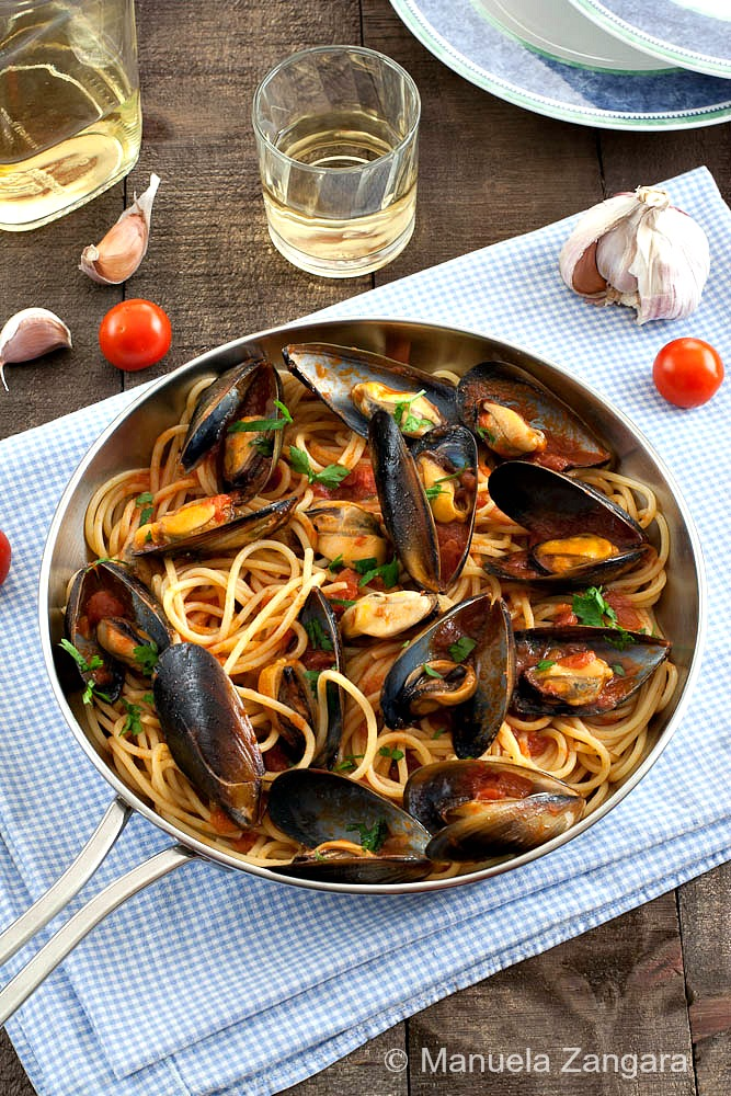 One-Pot Seafood Spaghetti l Homemade Recipes http://homemaderecipes.com/world-cuisine/italian/22-homemade-pasta-recipes