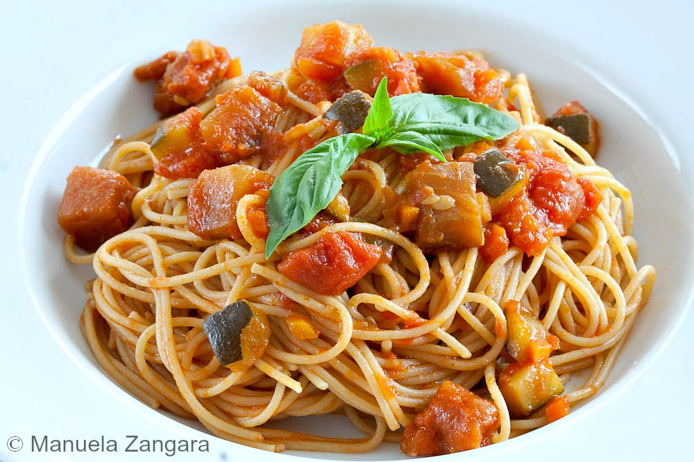 Mediterranean Whole Grain Calzones Recipe — Dishmaps