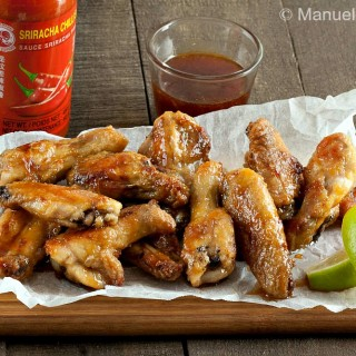 Maple and Sriracha Chicken Wings #SundaySupper