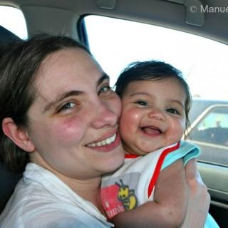 36-KI Manu & Victoria in car
