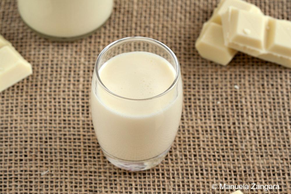 Home-made White Chocolate Liqueur