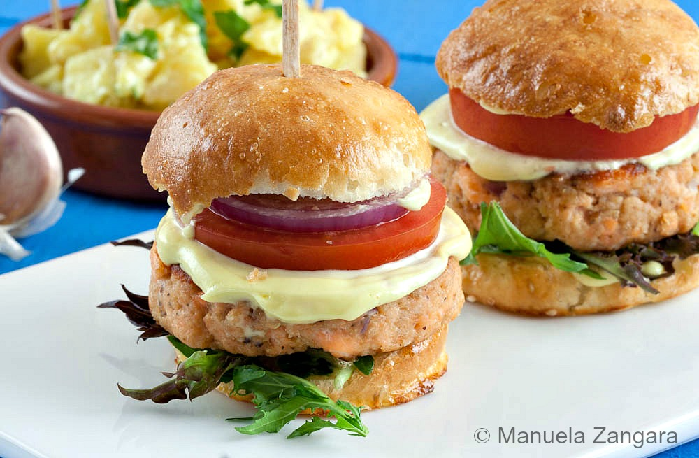 1 Salmon Sliders with Aioli 4 (1 of 1)
