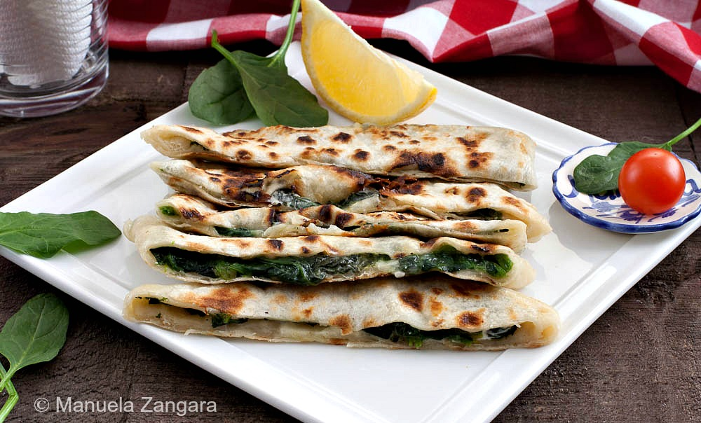 1 Spinach and Feta Gozleme 1 (1 of 1)