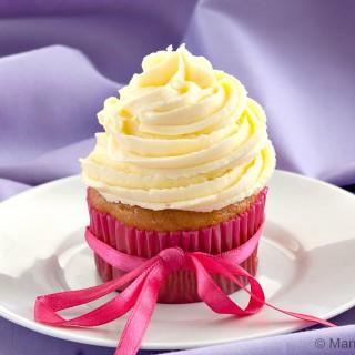 Vanilla Cupcakes with Jasmine Buttercream