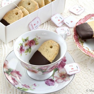 Earl Grey and Chocolate Shortbread Teabag Cookies