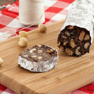 Eggless Chocolate Salami