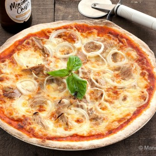 Tuna and Onion Pizza