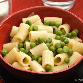Pasta with Peas #SundaySupper