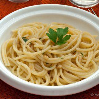 Pasta con Aglietto e Prezzemolino
