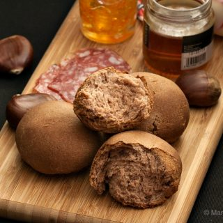 Chestnut Bread Rolls
