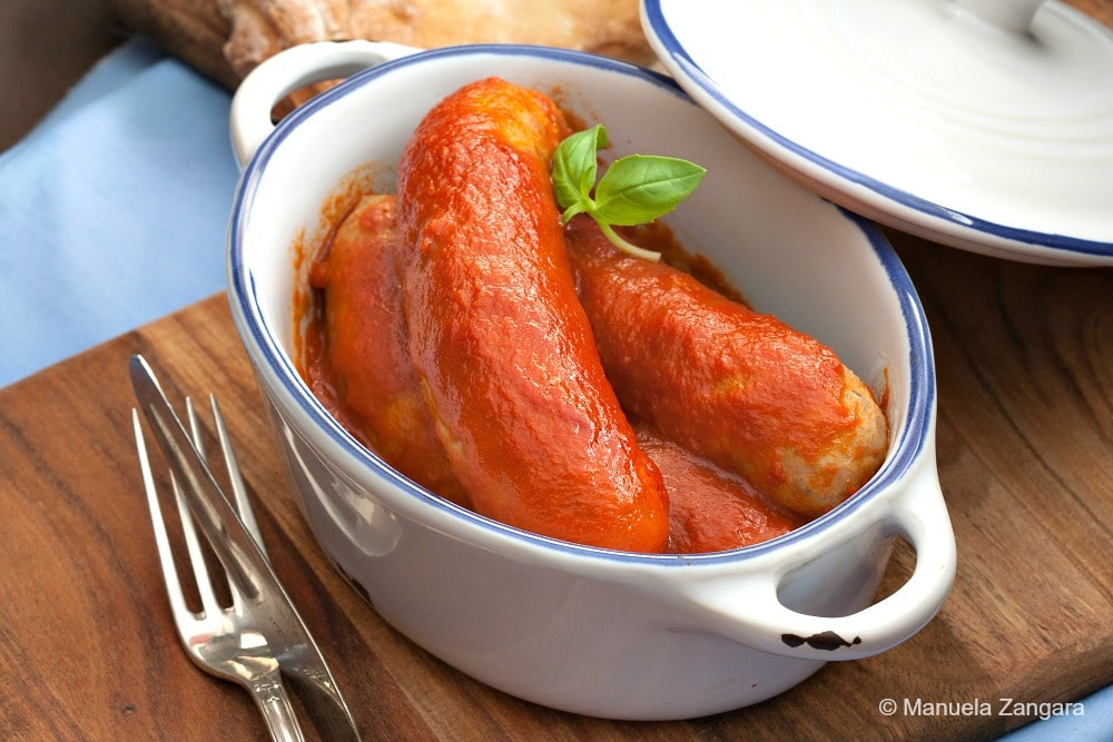 Italian Sausages in Tomato Sauce