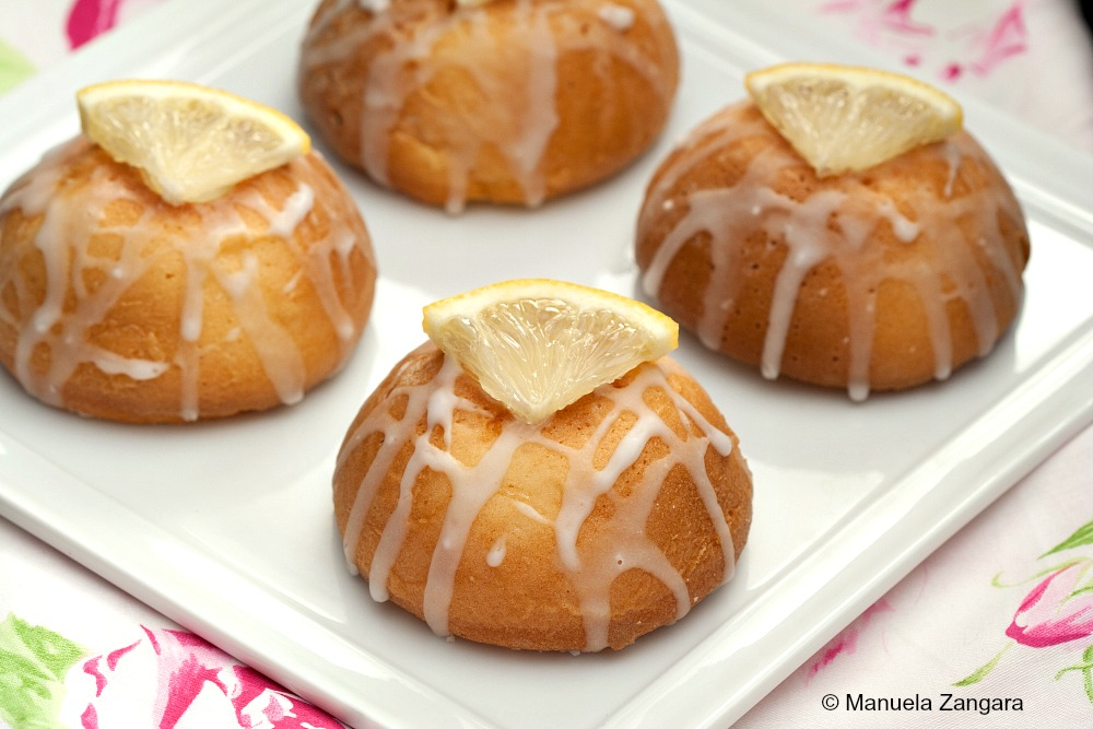 Lemon and Oil Cakes