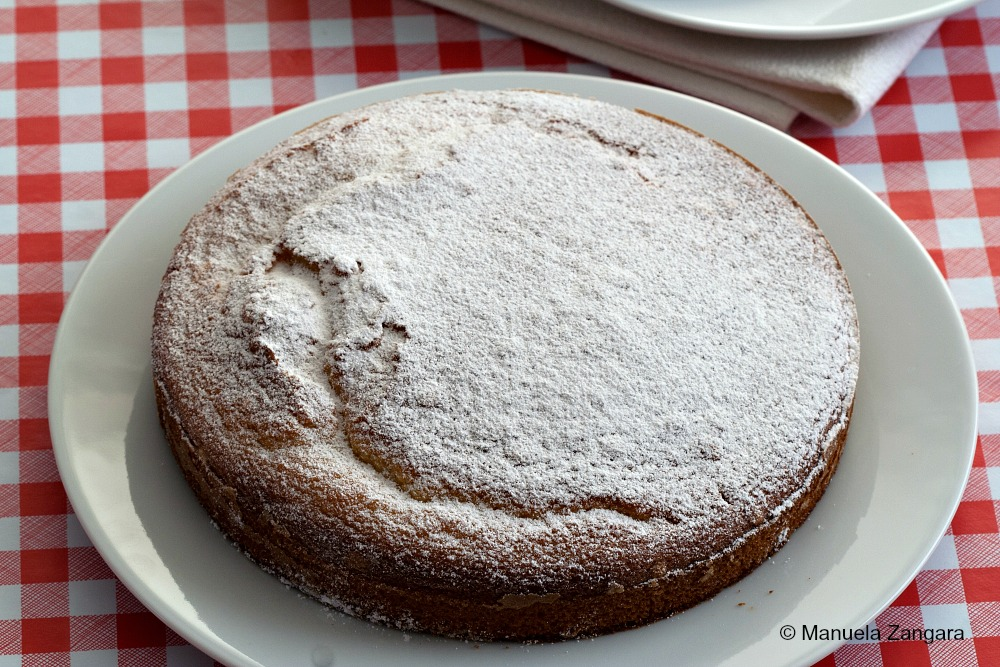 5 Minute Vanilla Cake