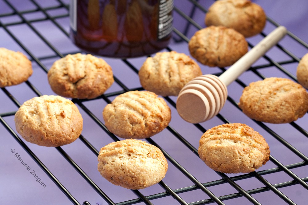 Wholemeal Honey Cookies