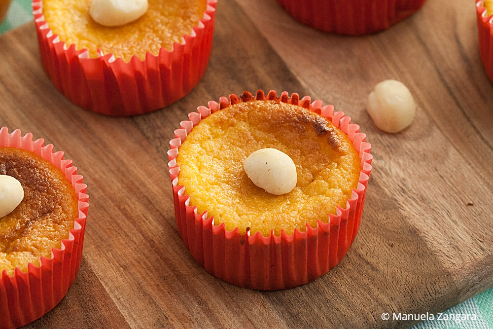 https://www.manusmenu.com/low-fodmap-orange-cakes