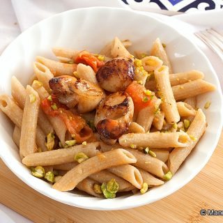 Pasta with Scallops and Lobster Oil