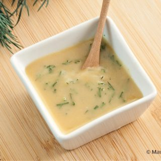 Low Fodmap Sweet Mustard Dill Sauce