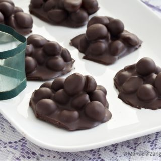 Dark Chocolate Blueberry Nut Clusters