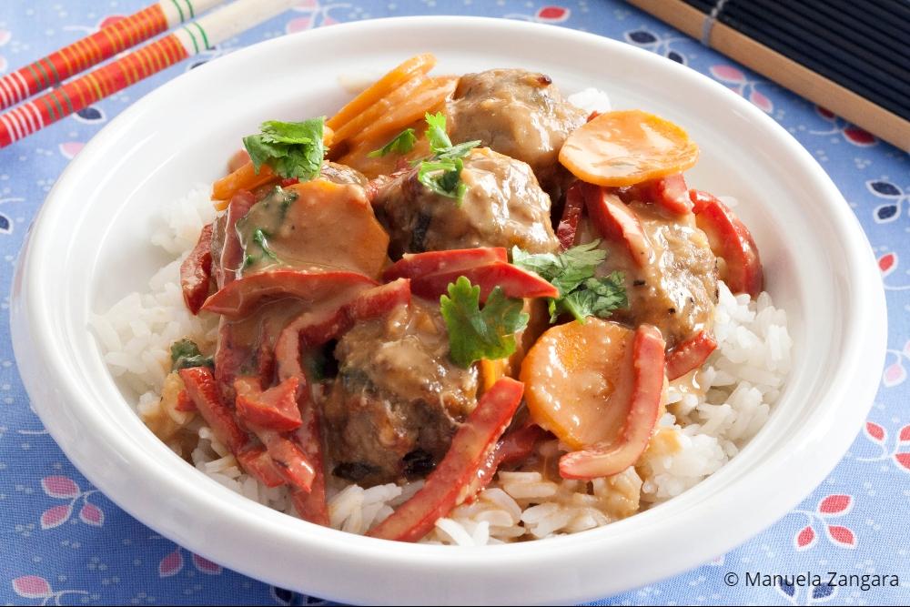 Low Fodmap Pork Meatball Satay Stir Fry