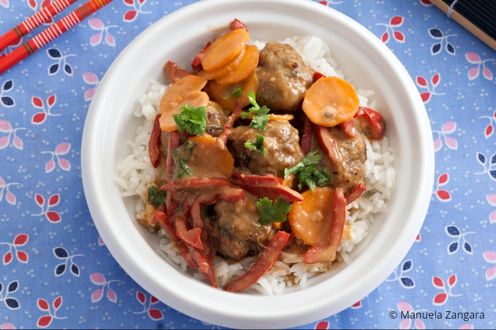 Low Fodmap Pork Meatball Satay Stir Fry
